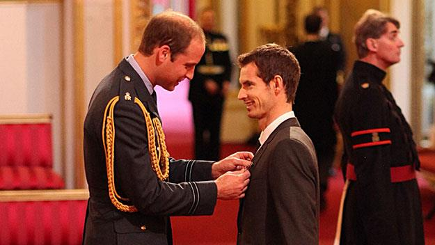 Prince William gives OBE to Andy Murray