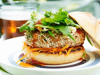 Pork and sesame burgers