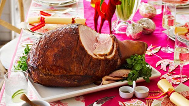 Quince glazed ham