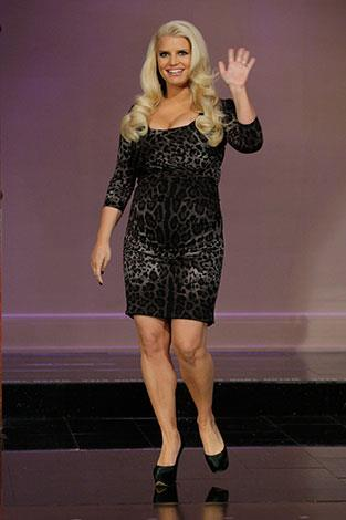 "Jessica Simpson has said she'll never be a size zero. ""I'm comfortable with me. I love my curves."""
