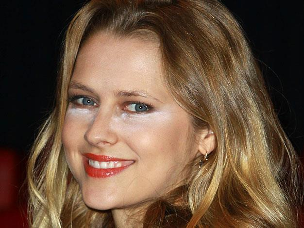 Teresa Palmer had problems with powder in January 2013.