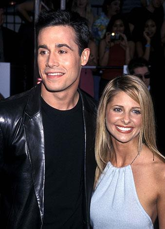 Teen movie stars Sarah Michelle-Gellar and Freddie Prinze Jr have been married for 11 years and have a three-year-old daughter.