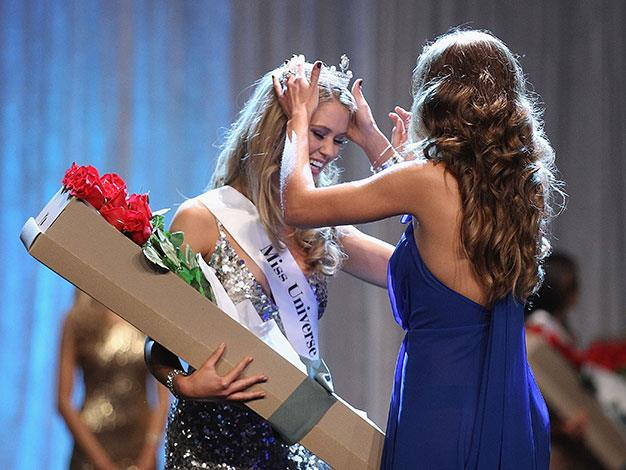 Jesinta was crowned Miss Congeniality at the Miss Universe pageant.