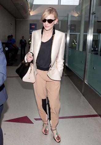 The Oscar winner looks effortlessly chic even off duty as she walks through LAX in July.