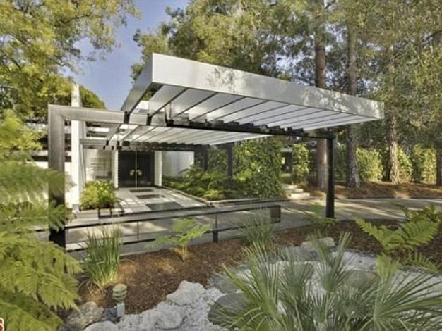 The home is one of LA's most private estates.