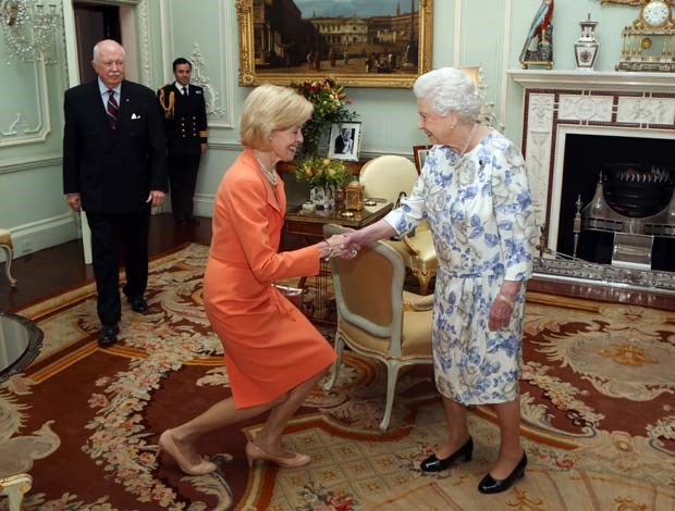 The Governor-General wore orange to meet the Queen at Buckingham Palace last year