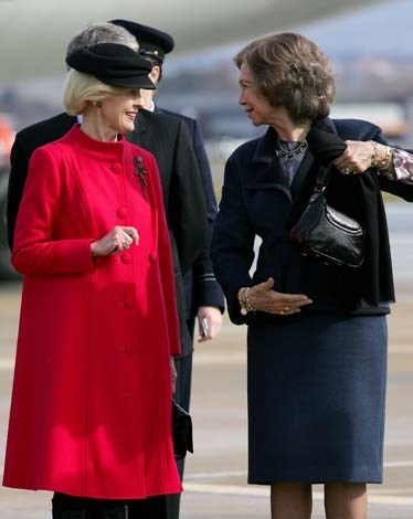Ms Bryce wore Spanish red to welcome the King and Queen of Spain to Australia in 2009