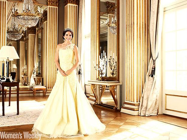 Crown Princess Mary wore this magnificent Alex Perry gown when she appeared in The Weekly in October 2013. (Image not for republication).