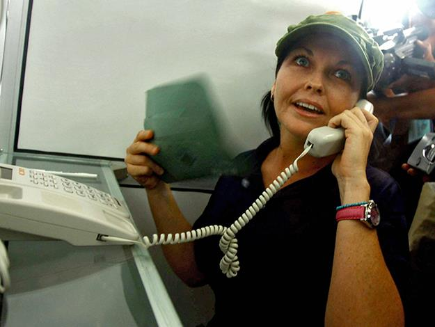 Schapelle talks to her mother in Australia through a new phone system from inside Kerobokan prison, 2008. Photo: AFP/Getty Images