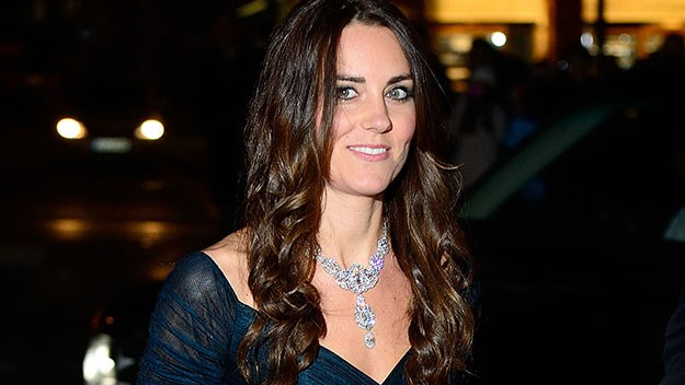 Duchess of Cambridge in Queen's diamond necklace