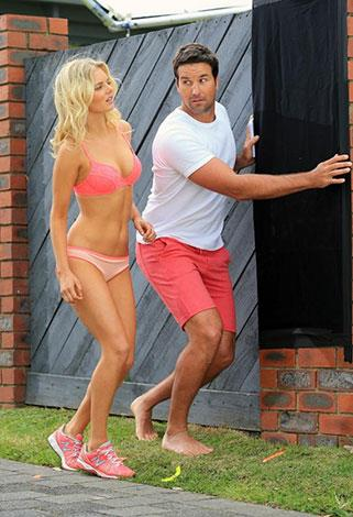 Samara and Pat Rafter filming a Bonds commercial last year.