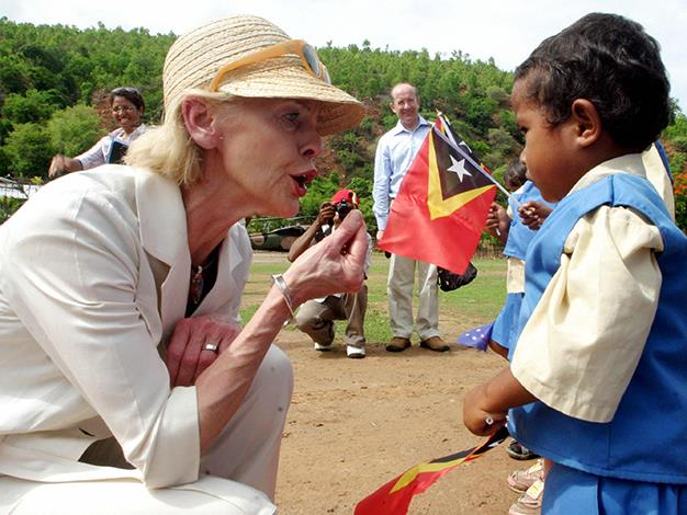 Quentin Bryce talks to a Timorese child during an official visit to Maubara Distrik Liqueca On December 16, 2008.