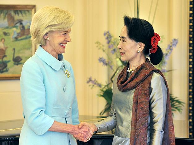 Governor-General Quentin Bryce greets Myanmar opposition leader Aung San Suu Kyi at Government House in Canberra on November 29, 2013.