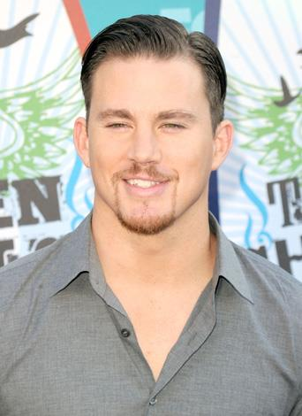 Channing Tatum's chiselled chin is one of his best assets so it's hard to understand why he'd want to cover it up with this thin line of facial fluff.