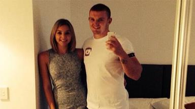 Alex McKinnon engaged to girlfriend