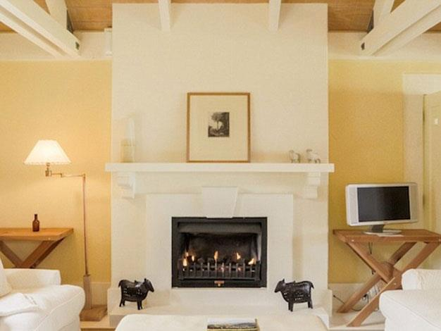 All of the suites feature fireplaces and private sitting rooms.