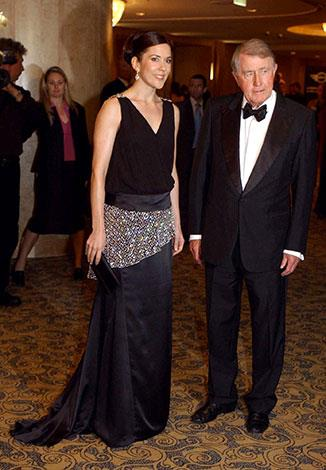 Wran with Crown Princess Mary in March 2005.