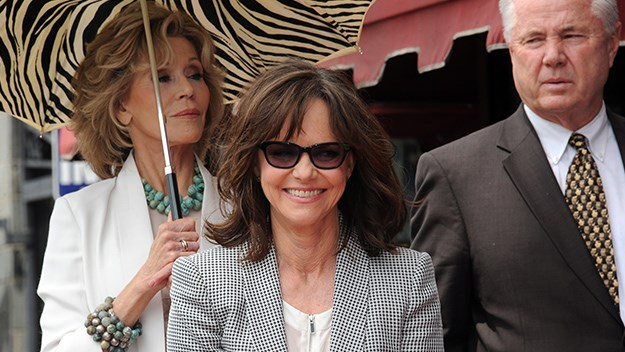 Jane Fonda, Sally Field and Tom LaBonge.