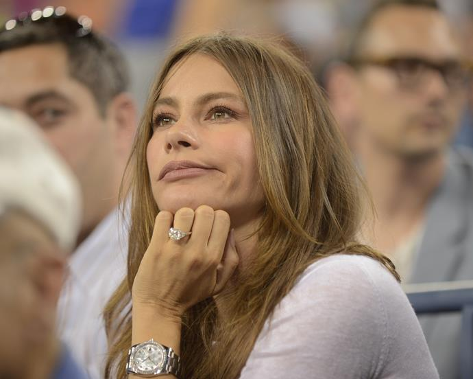 Modern Family star, Sofia Vergara was presented with a large shiny diamond from Nick Loeb on her 40th birthday. The ring is reportedly worth several hundred thousand dollars.