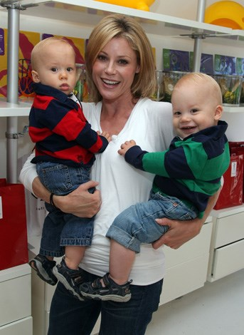 Julie Bowen with twins John and Gustav, born 2009.