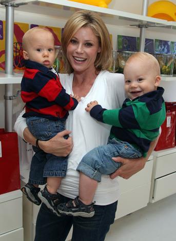Julie Bowen with twins John and Gustav, born 2009.