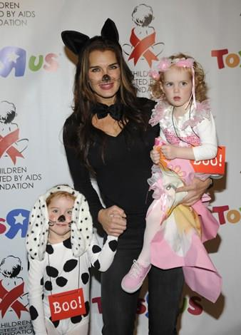 Brooke Shields became a mother for the second time at age 40 when she gave birth to daughter Grier in April 2006.