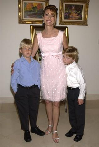 Jane Seymour welcomed twins, John and Kristopher, in November 1995 when she was 44.