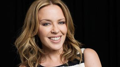 Kylie Minogue speaks about cancer in tearful interview