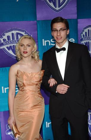 This genetically blessed pair is made up of actress Scarlett Johansson and her fraternal twin brother, Hunter. Scarlett often brings Hunter to events.