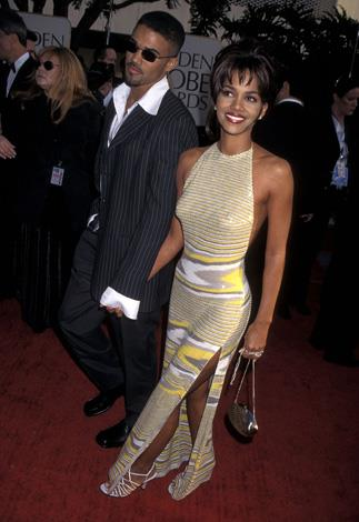 Before the designers were all clamouring to dress her Halle wore this um... interesting outfit to the 1997 Golden Globe awards and sported hunky actor, Shemar Moore as an accessory.