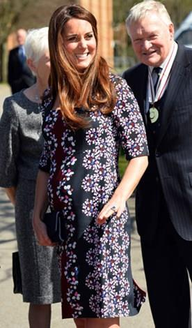 Kate looked glowing and lovely during her first pregnancy.