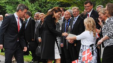 Princess Mary surprises schoolkids in Canada