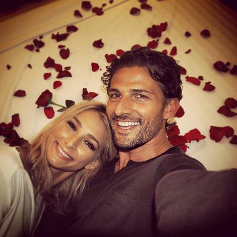 "**The Bachelor Australia Season 1: Tim Robards, Anna Heinrich:** Tim chose Anna in the end when he presented her with a diamond promise ring. The couple still remain together today but runner up Rochelle Emmanuel-Smith went on the tell The Weekly she ""felt like the country's biggest joke"" when she was rejected by Tim but is rumoured to be in the running for Australia's first Bachelorette."