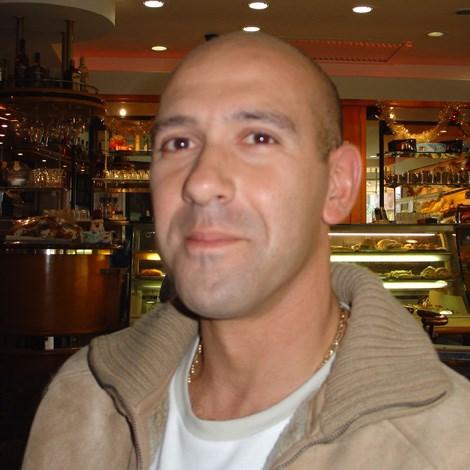 Fernando from Portugal.