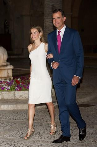 King Felipe VI of Spain and Queen Letizia of Spain attend an official reception at the Almudaina Palace on August 7, 2014.