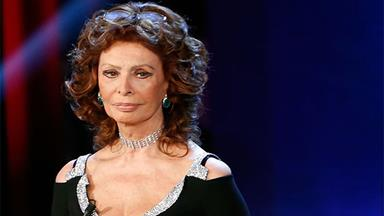 Sophia Loren speaks about the pain of suffering two miscarriages