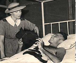 Pte. Harold Herman meets The Weekly's Alice Jackson in 1943