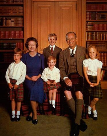 "[Queen Elizabeth](https://www.nowtolove.com.au/tags/Queen-Elizabeth-II|target=""_blank"")'s Christmas card with [Prince Philip](https://www.nowtolove.com.au/royals/british-royal-family/queen-elizabeth-prince-philip-cutest-moments-37228