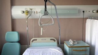 British grandmother donates kidney to granddaughter, stock image