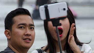 The truth behind couples oversharing on social media