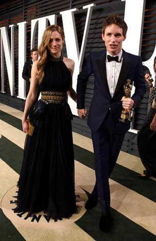 Awwww Eddie Redmayne (Oscar winner!) and his wife Hannah are the cutest.