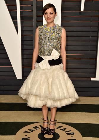 Marion Cotillard opted for a stunningly avant-garde frock.