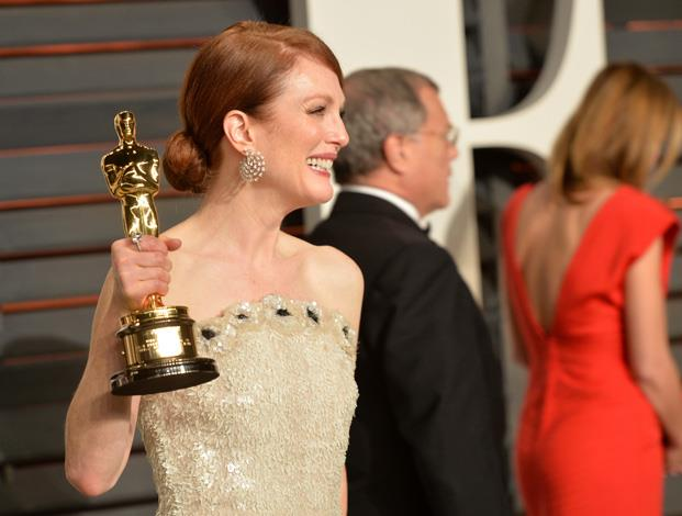 Julianne Moore, lady of the party/hour/always.