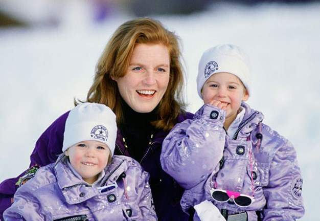 Sarah Ferguson with her two (super cute) daughters Eugenie and Beatrice on one of their many family ski holidays. Matching ski outfits!
