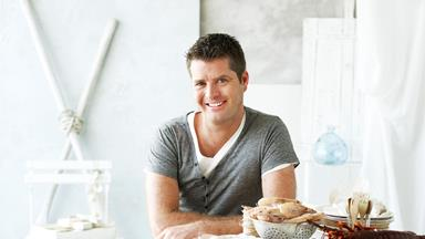 Pete Evans' Paleo cookbook Bubba Yum Yum will be published despite health warnings