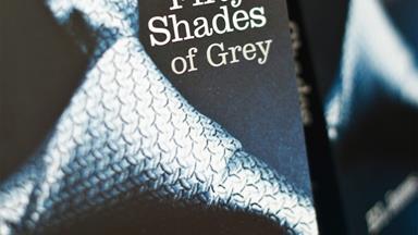 Why women read erotic fiction