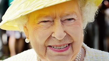Queen gushes over Princess Charlotte