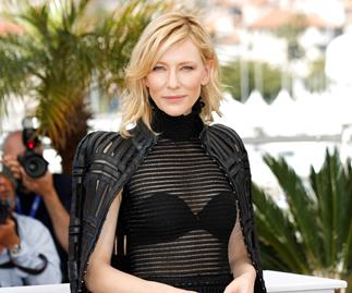Cate Blanchett denies lesbian encounters