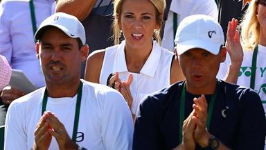 Bec Hewitt looks on as Lleyton bids farewell to Wimbledon