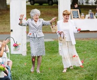 Grandma 'flower girls' steal wedding spotlight